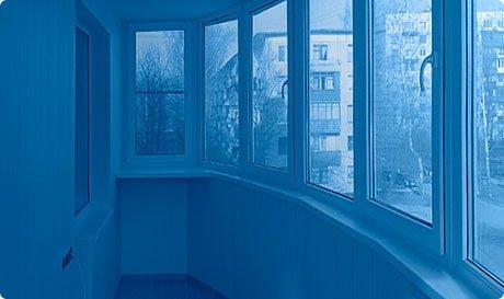 Рассчитать стоимость остекления и отделки балкона или лоджии.