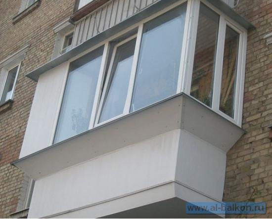 Как застеклить балкон своими руками: пошаговая инструкция.